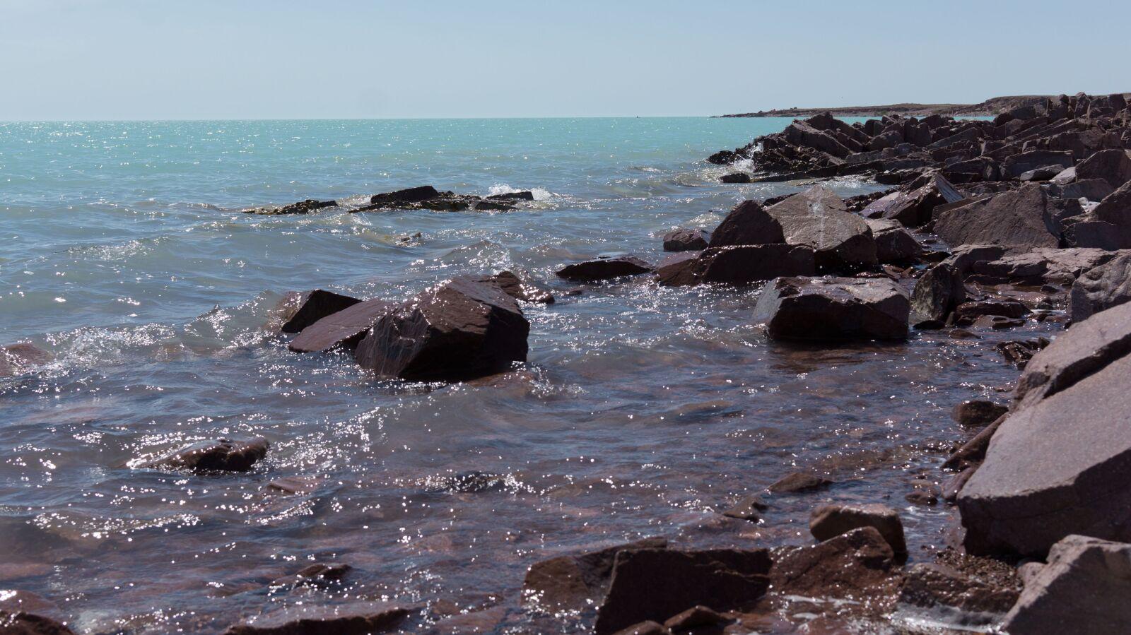 sea, lake, stones