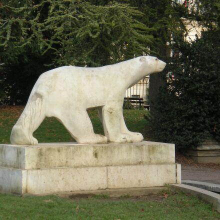 sculpture, bear, dijon, Nikon COOLPIX S210