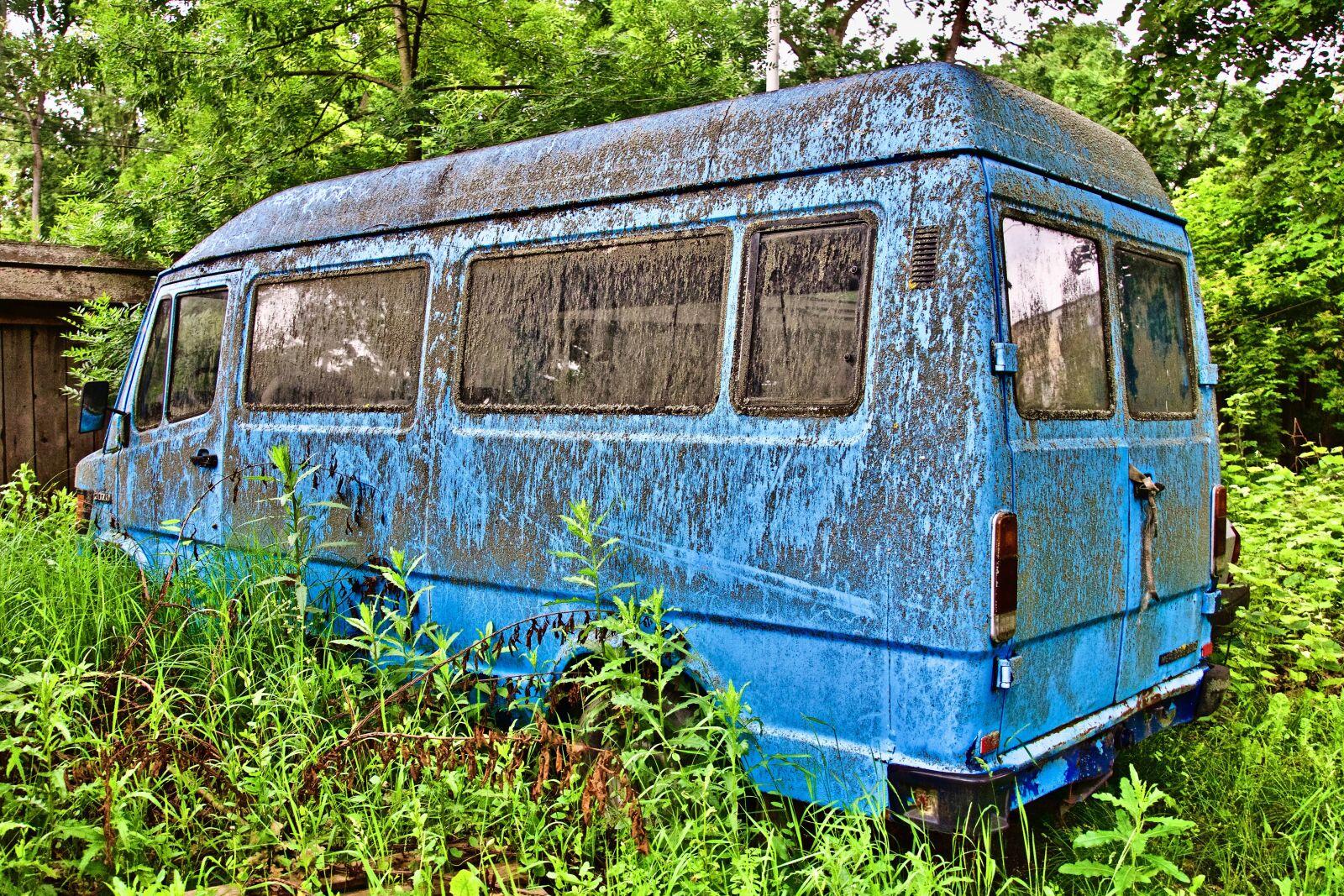 "Sony a6500 sample photo. ""Vehicle, van, repair"" photography"
