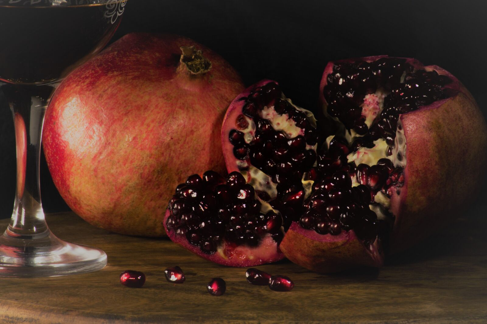 """Canon EOS 60D sample photo. """"Fruit, pomegranate, red"""" photography"""