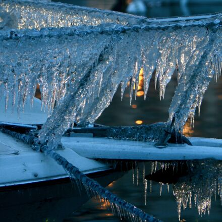 ice, ship, frozen, Canon EOS 70D