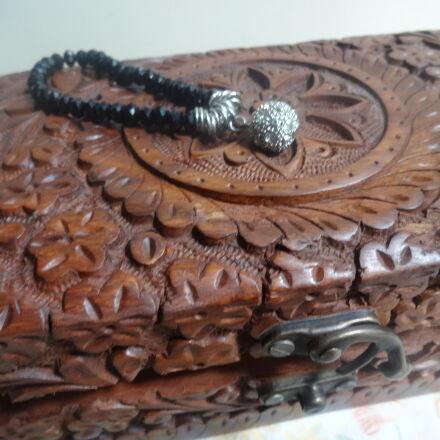 box, bracelet, carved, wood, Sony DSC-WX100