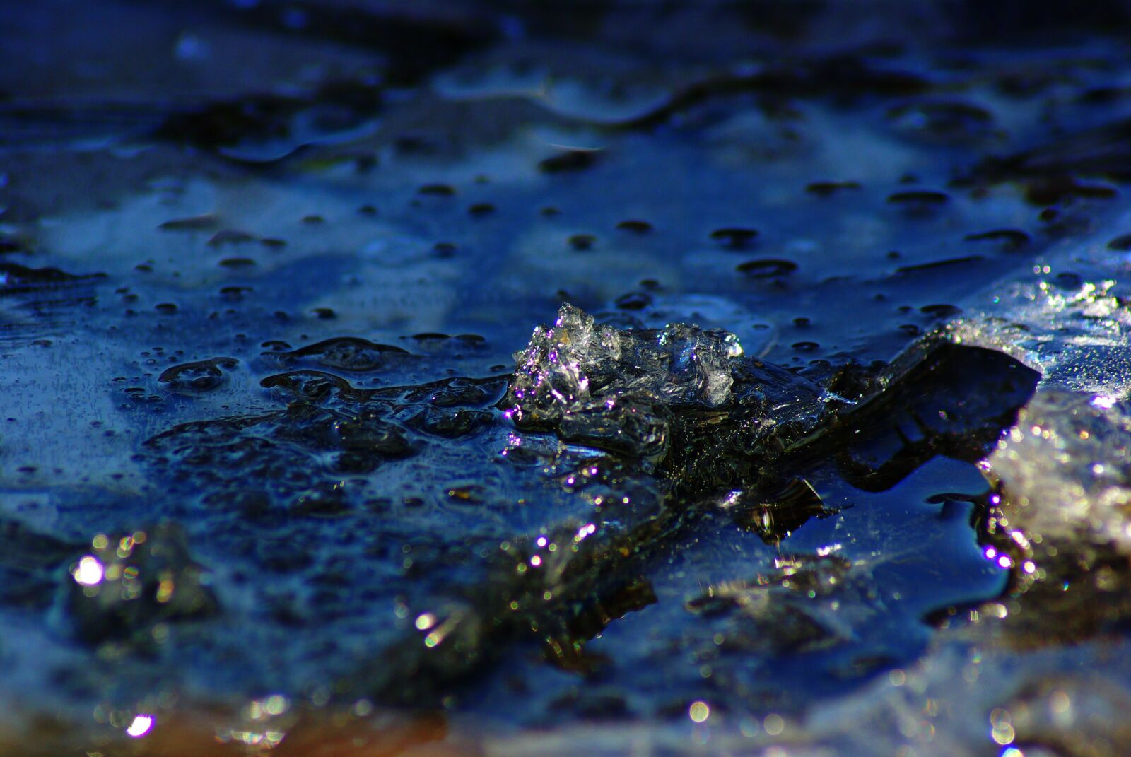 """Pentax K10D sample photo. """"Gel, water, cold"""" photography"""