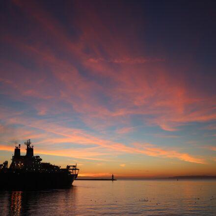 ship, sea, horizon, Canon EOS M10