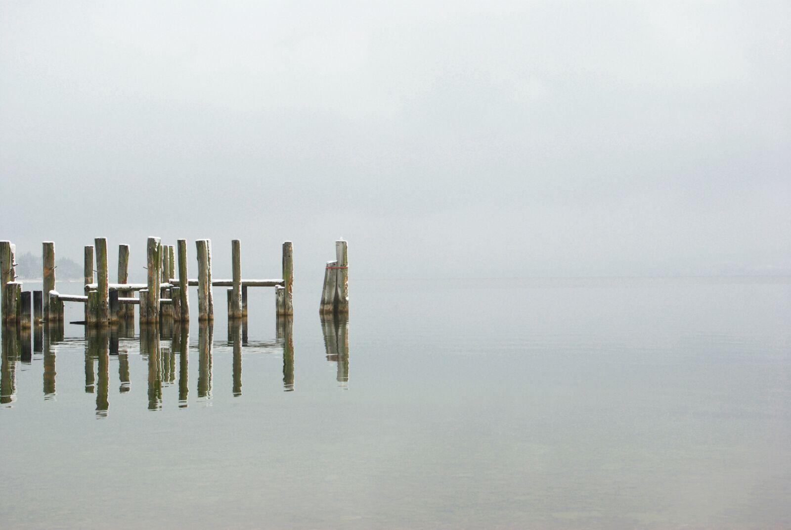 "Pentax K10D sample photo. ""Winter, lake, web"" photography"