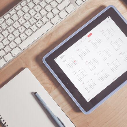 apple, calendar, desk, Panasonic DMC-GM1