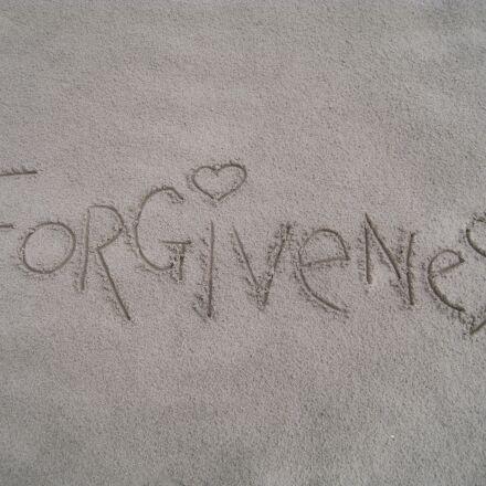 forgiveness, sand, summer, Canon DIGITAL IXUS 960 IS