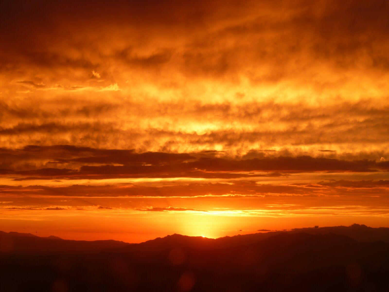 "Panasonic DMC-FH20 sample photo. ""Sol, desert, landscape"" photography"