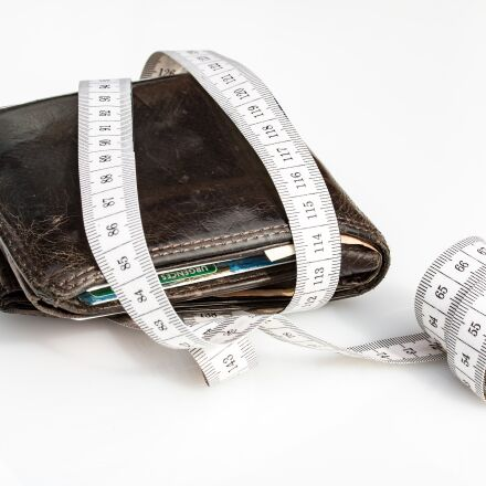 wallet, tape measure, economical, Canon EOS 750D