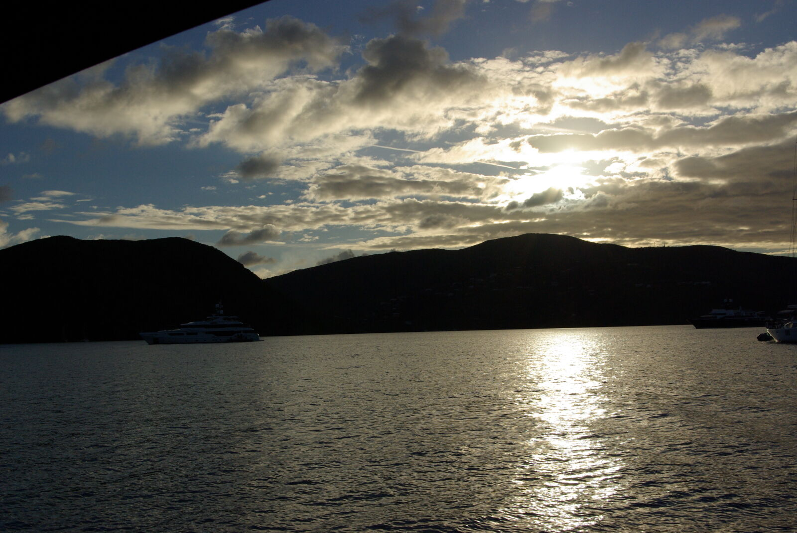 "Pentax K10D sample photo. ""Caribbean, sunset"" photography"