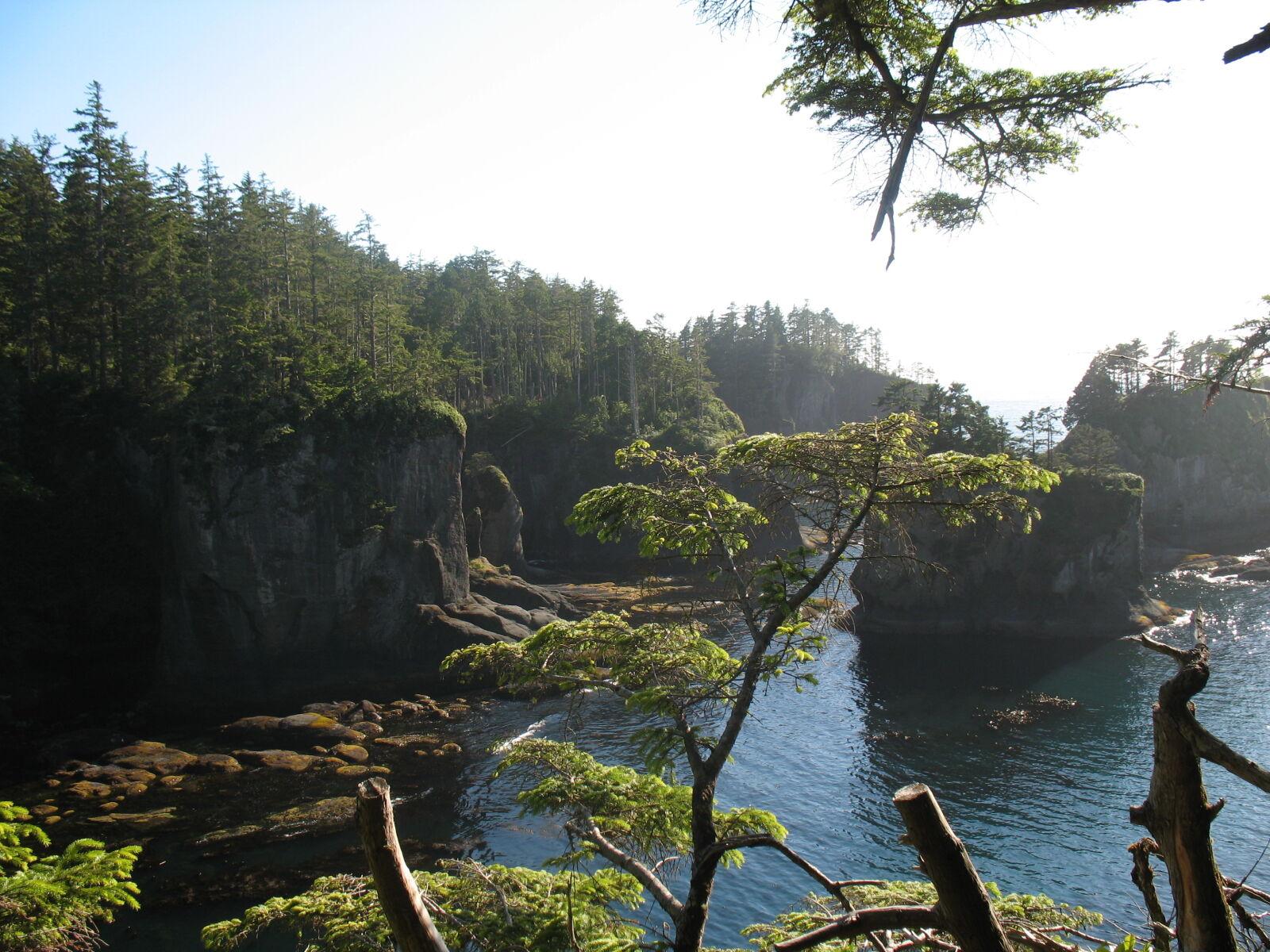 "Canon POWERSHOT A620 sample photo. ""Cliffs, ocean"" photography"