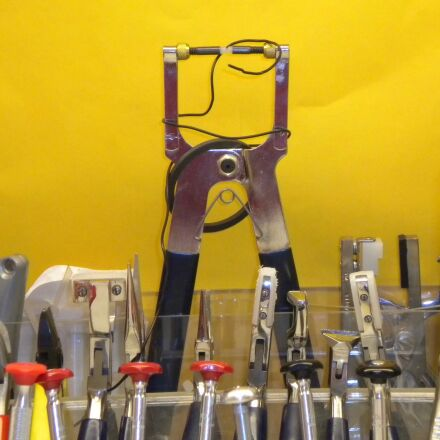 tools, optical, pliers, Nikon COOLPIX S220
