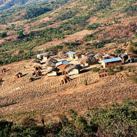 malawi, village, rural, Panasonic DMC-FZ5