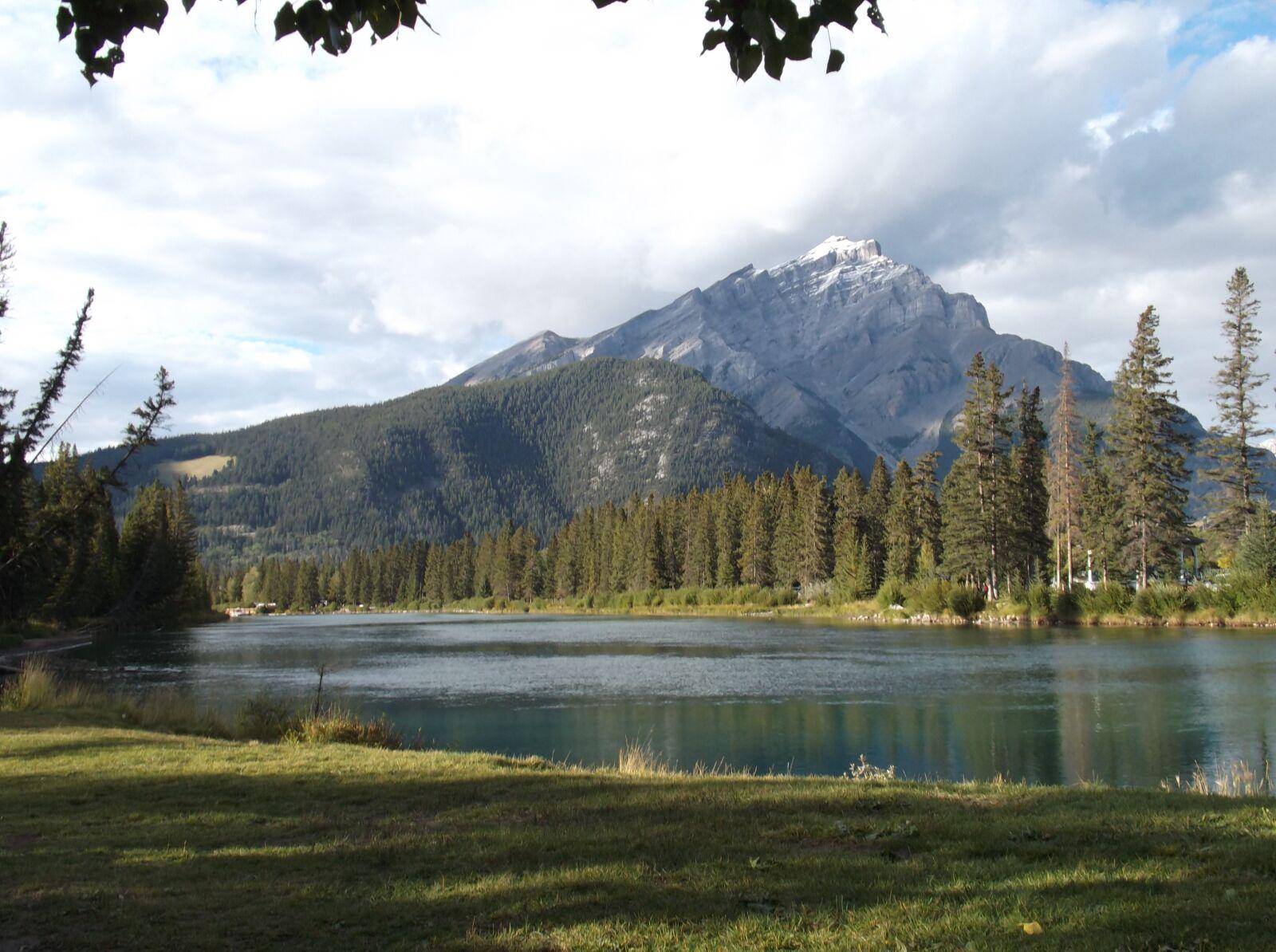 "Fujifilm FinePix T500 sample photo. ""Canada, mountains, landscape"" photography"