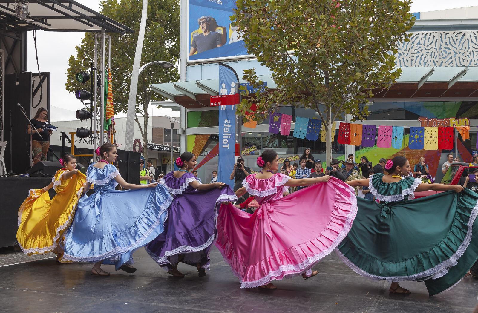 dancers, dresses, events, mexican