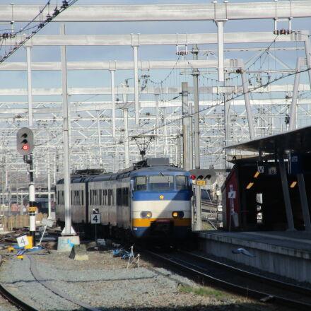 railroad, station, train, Canon POWERSHOT ELPH 170 IS