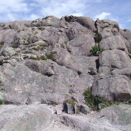 newfoundland, rocks, rugged, Fujifilm FinePix S5200