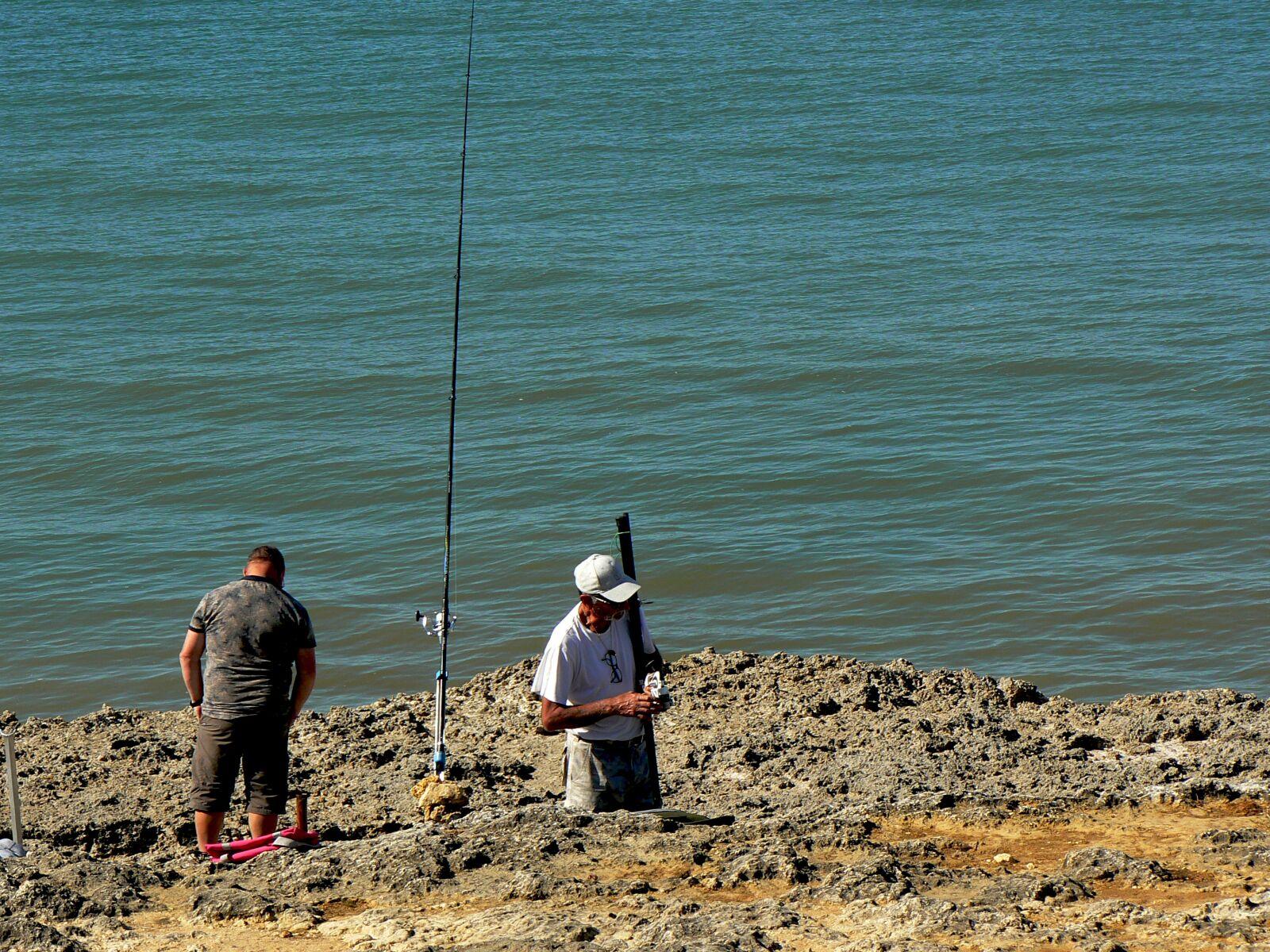 "Panasonic DMC-FZ7 sample photo. ""Ocean, sea, fisherman"" photography"