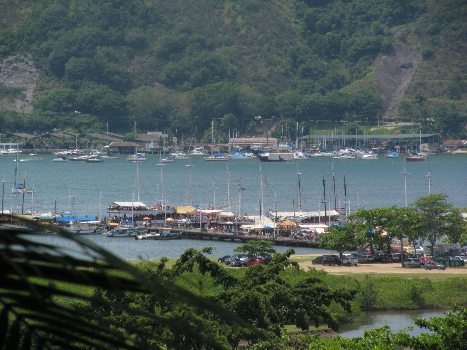 "Canon PowerShot SX110 IS sample photo. ""Praia, barcos, paisagem"" photography"