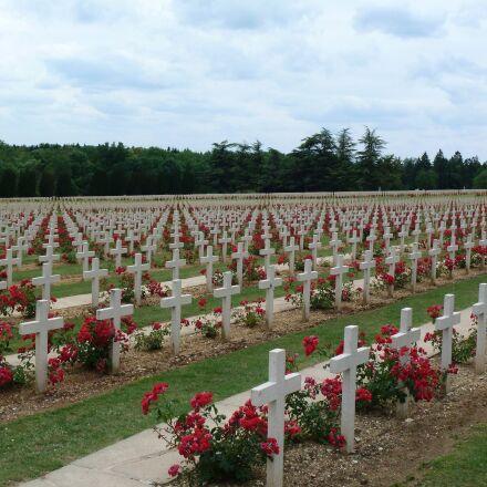 cemetery, world war, verdun, Panasonic DMC-TZ18