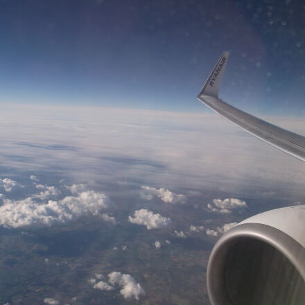 airplane, flying, ryanair, sky, Fujifilm FinePix AX550