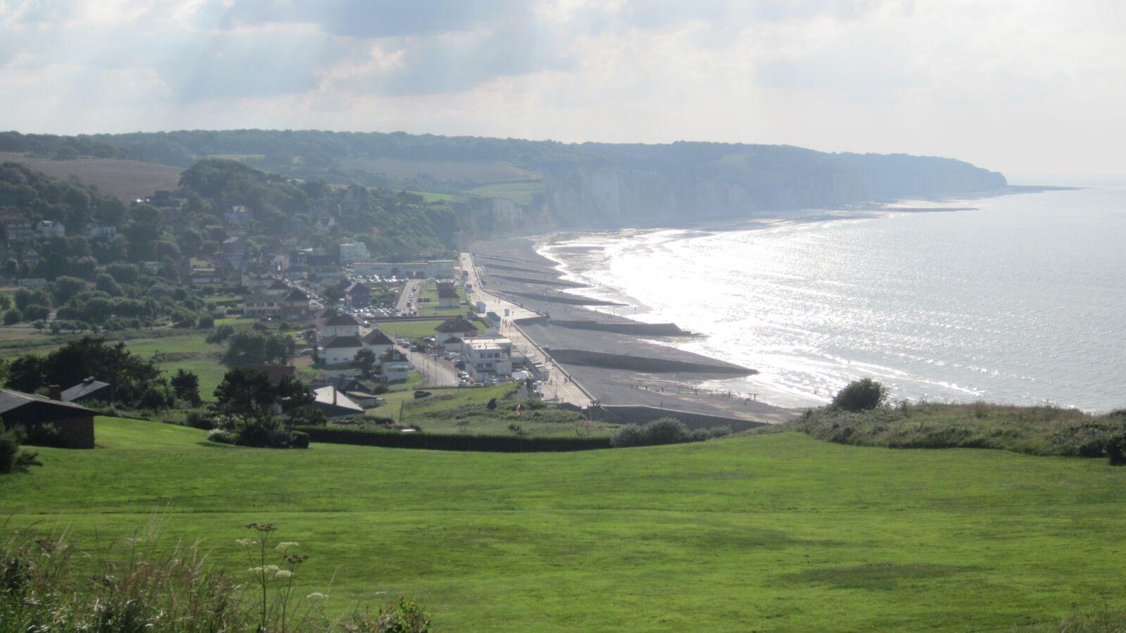 "Canon IXUS 107 sample photo. ""Normandy, coast, sea"" photography"