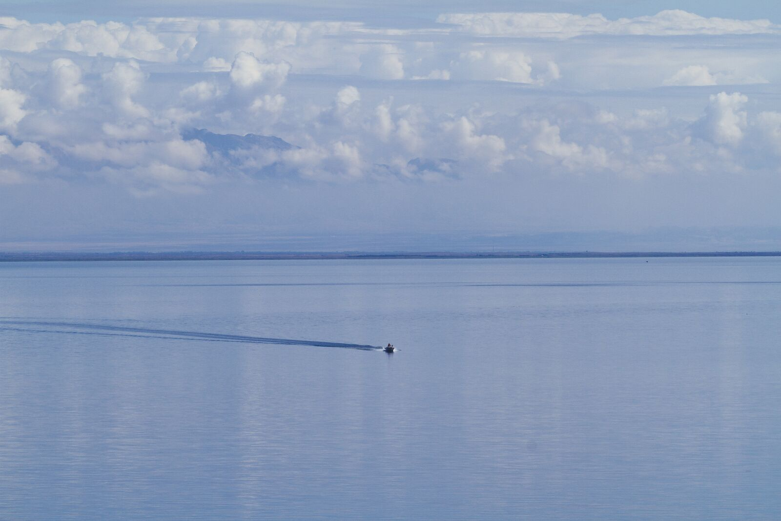"""Canon EOS 7D sample photo. """"Lake, water, boat"""" photography"""