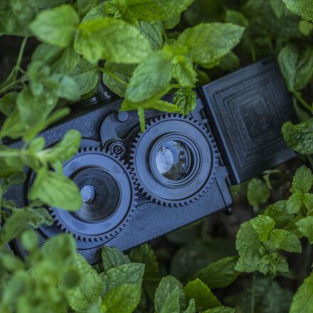 security, camera, hidden, behind, Canon EOS 60D