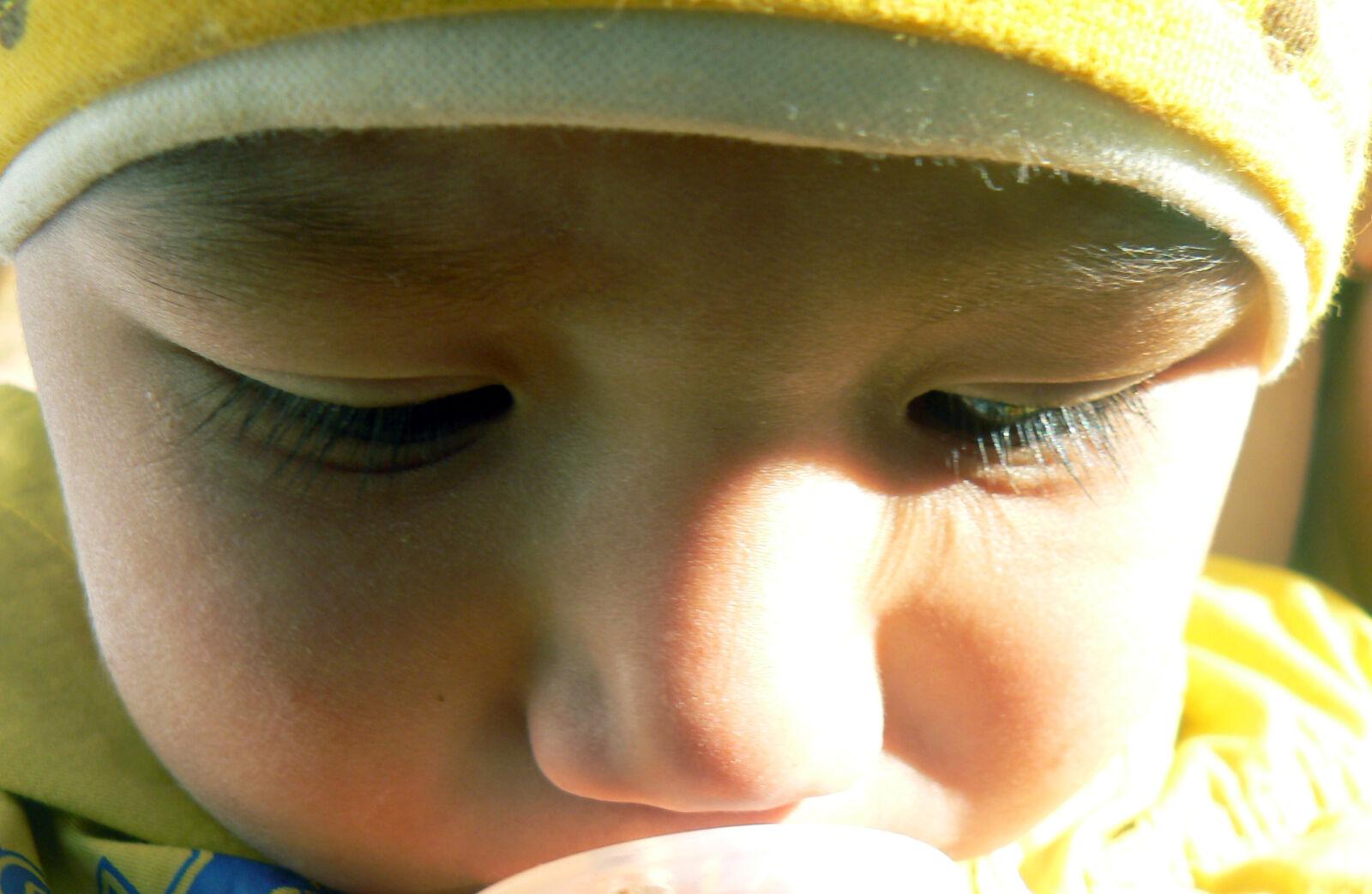 "Panasonic DMC-FZ7 sample photo. ""Baby, sun, sweet, umarjon"" photography"