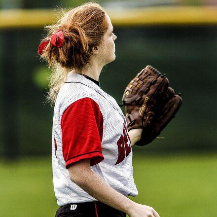 softball, player, female, Canon EOS-1D MARK II N