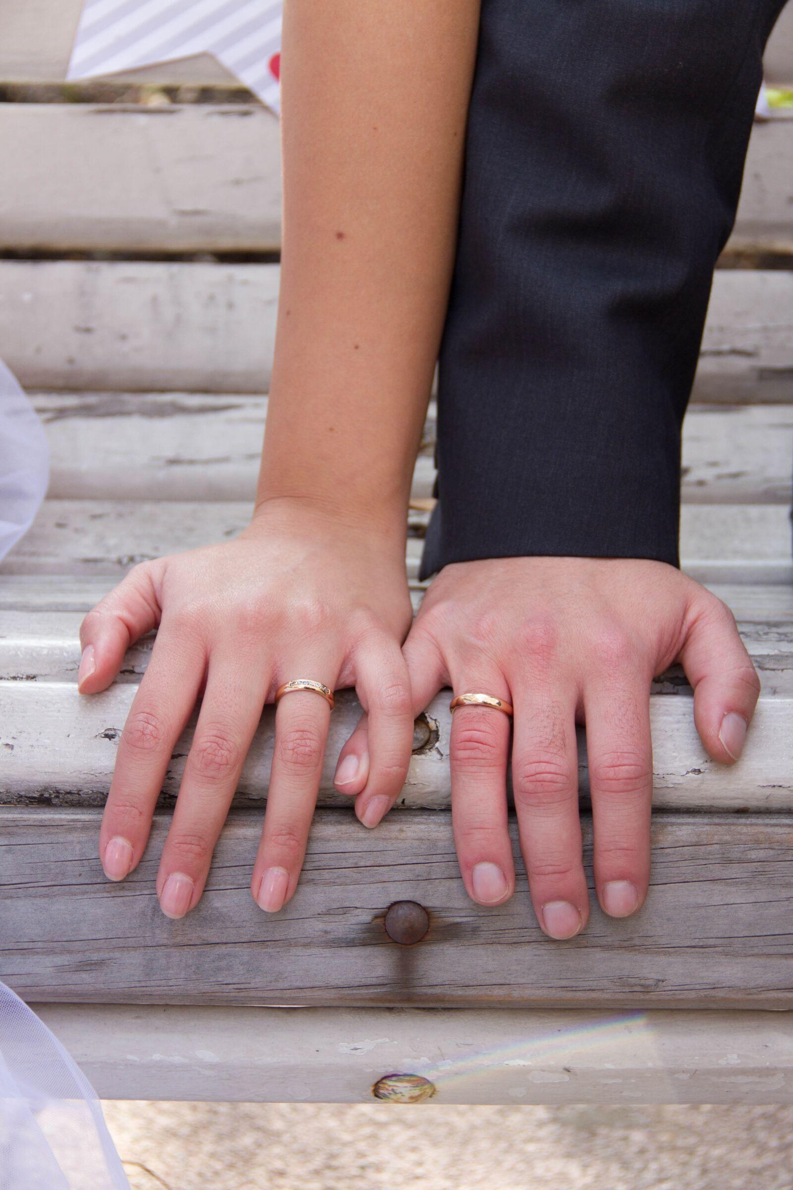 "Canon EOS 7D sample photo. ""Marriage, wedding rings, couple"" photography"
