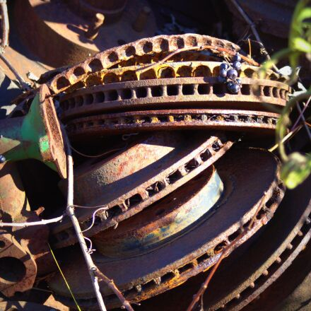 salvage yard, wreck, vintage, Canon EOS REBEL T3I