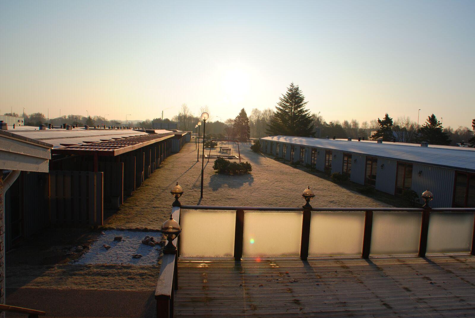 "Nikon D3000 sample photo. ""Sunrise, cold, house"" photography"