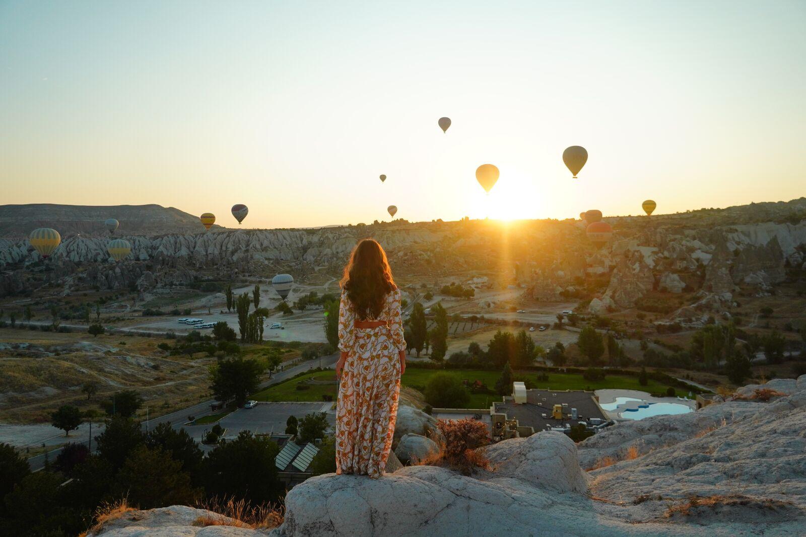 "Sony a6400 sample photo. ""Cappadocia, girl, hot air"" photography"