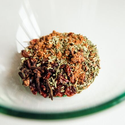spices, barberry, rosemary, Fujifilm X-A2