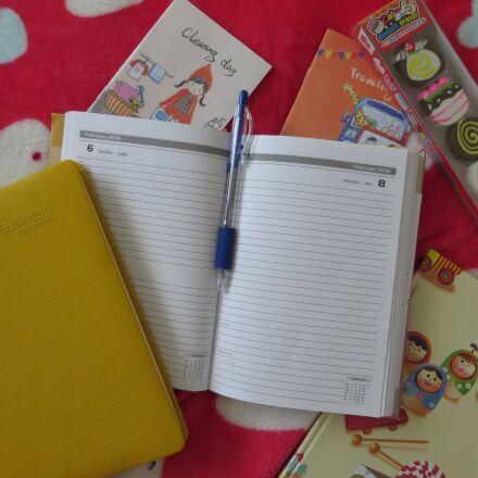 note, notepad, yellow, Canon POWERSHOT N