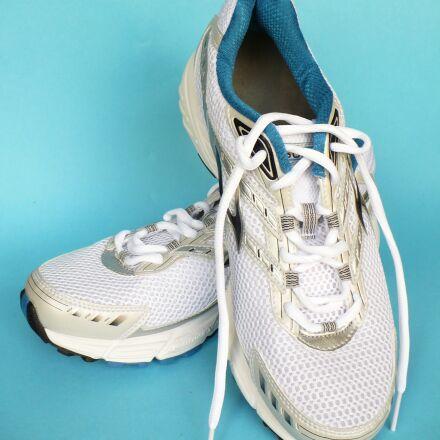 running shoes, shoes, sneakers, Panasonic DMC-LZ7