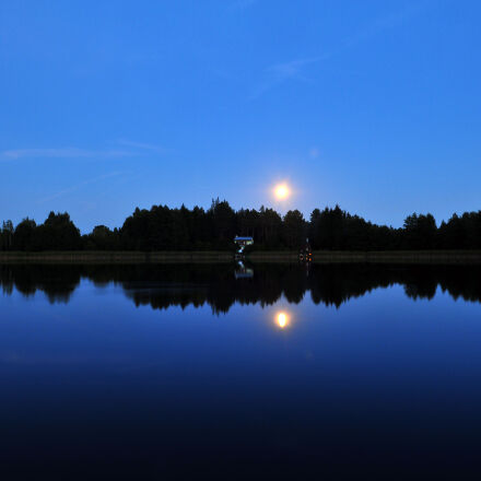sunrise, reflected, on, body, Nikon D300S