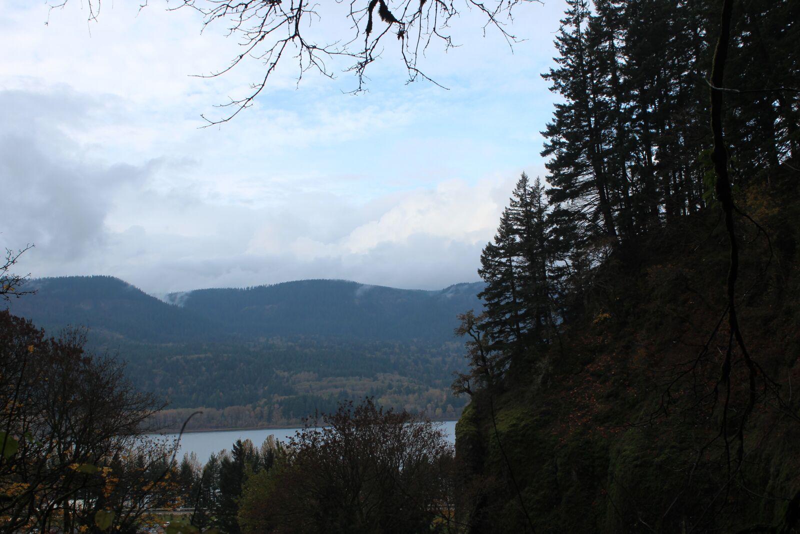 "Canon EOS 600D (Rebel EOS T3i / EOS Kiss X5) sample photo. ""Lake, mountain, nature"" photography"