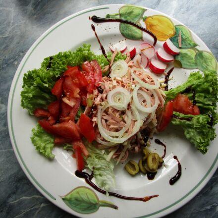 eat, salad, sausage salad, Canon IXUS 155