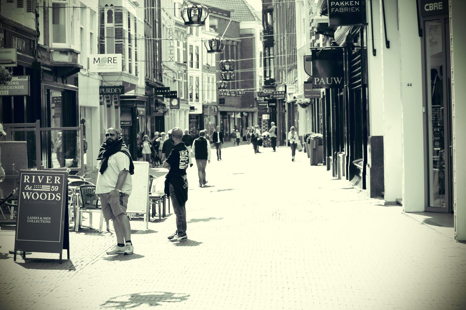 """Canon EOS 100D (EOS Rebel SL1 / EOS Kiss X7) sample photo. """"City, dutch, holland, shopping"""" photography"""