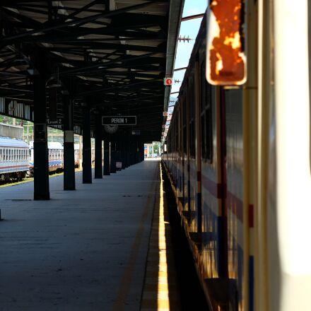 train, perspective, haydarpaşa, Fujifilm X-T1
