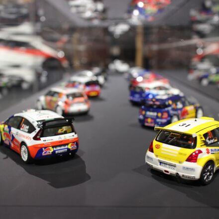 car, toys, tokyo, Canon EOS M2