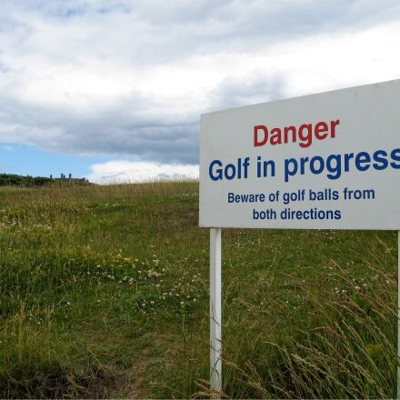 danger, golf, balls, Canon POWERSHOT S80