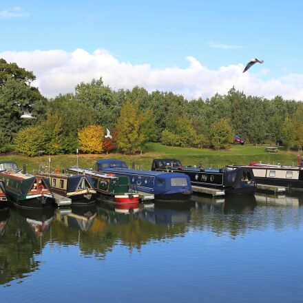 canal boat, long boat, Canon EOS 6D