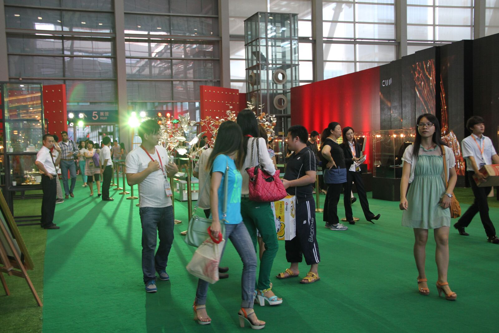 "Canon EOS 7D sample photo. ""Activities, exhibition"" photography"