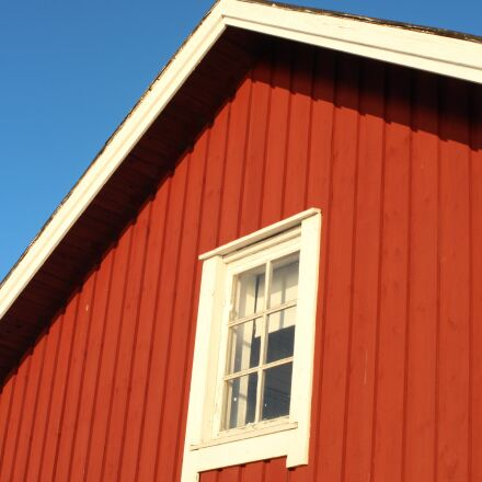 red house, blue sky, Canon EOS 650D
