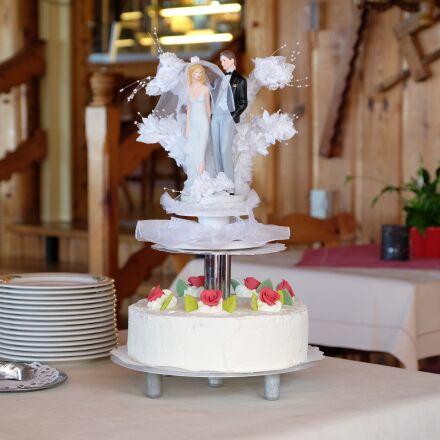 wedding cake, bride and, Fujifilm X-T1