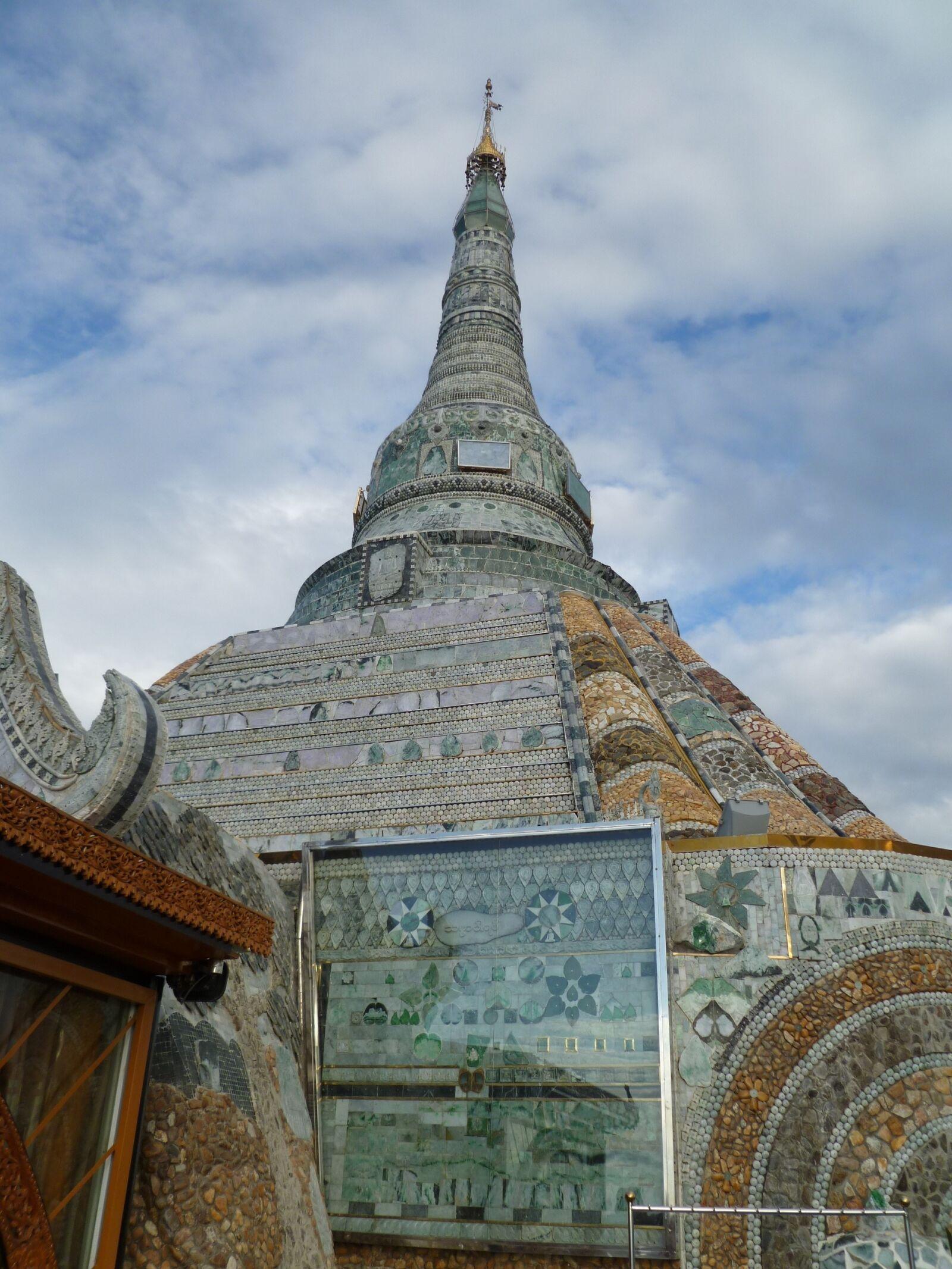 "Panasonic DMC-FH20 sample photo. ""Jade, temple, mandalay"" photography"