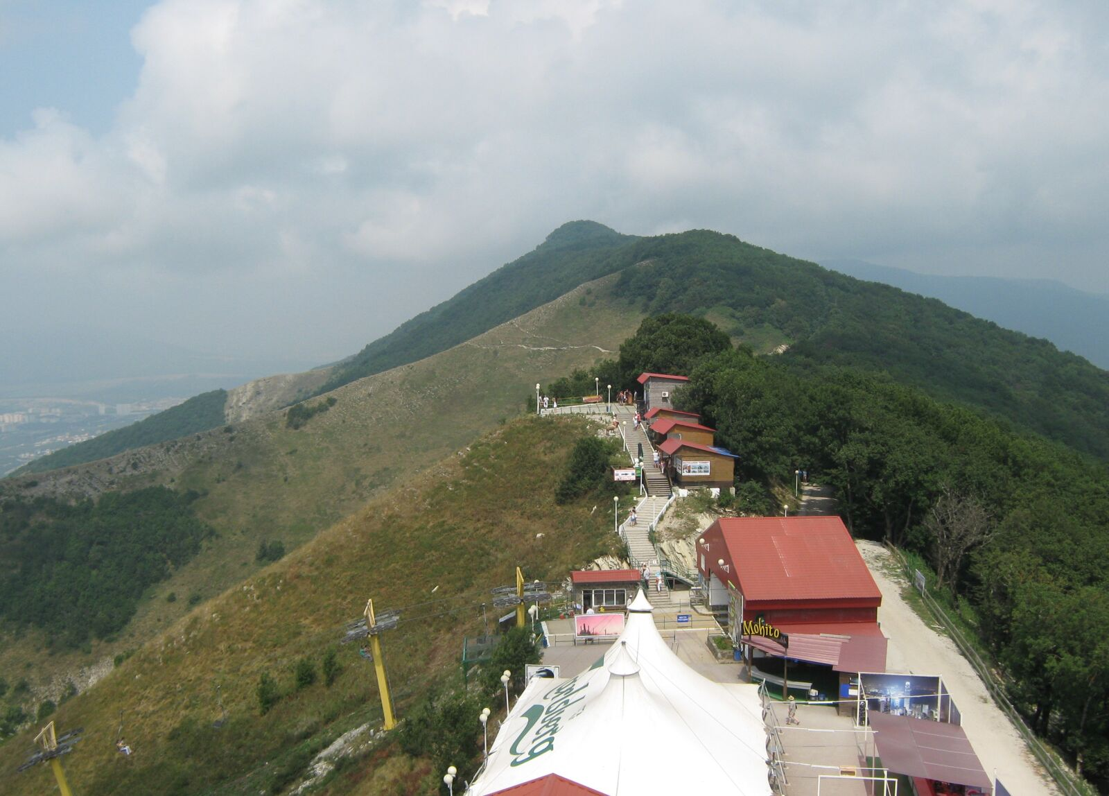 """Canon PowerShot A470 sample photo. """"Mountains, height, resort"""" photography"""